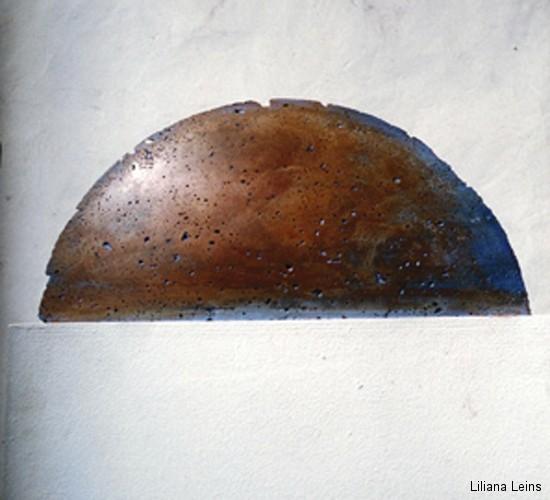 18-Halbkreis, Beton bemalt, cm. 40 ca